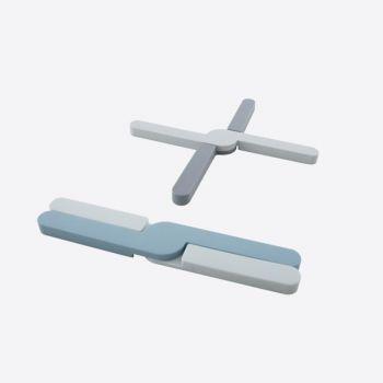 Dotz opvouwbare panonderzetter uit silicone grijs of blauw 20x3.2x1.1cm (36st./disp.)